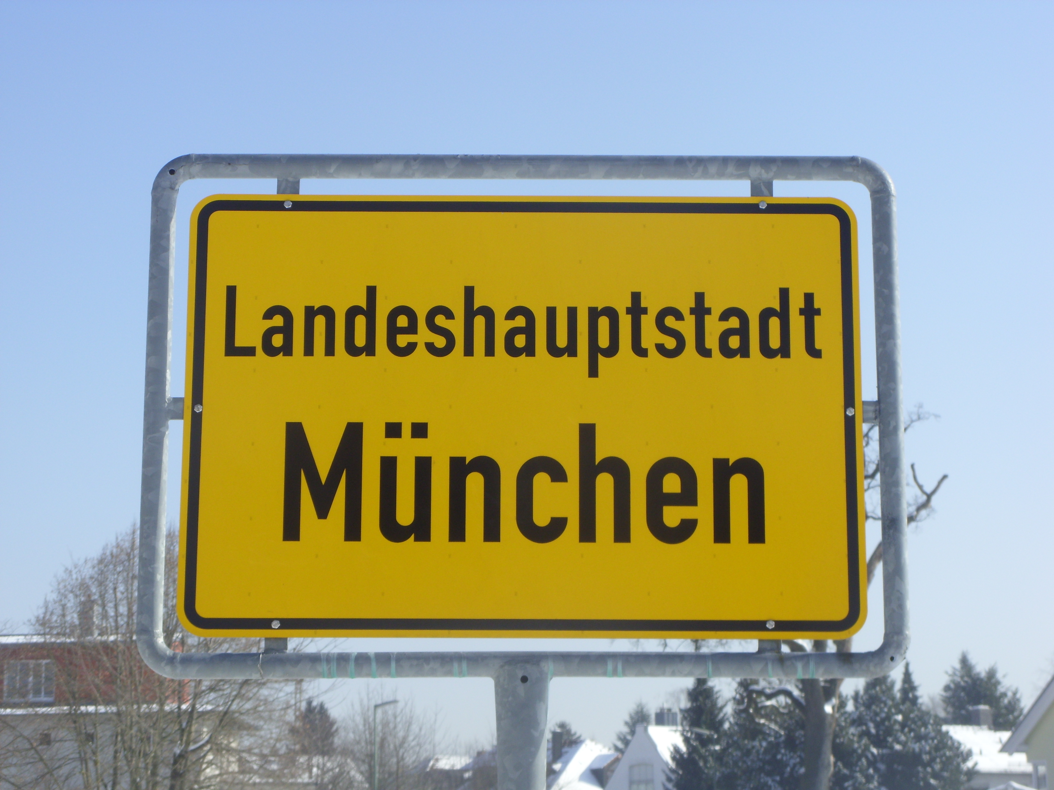 Muenchen_Ortseingangsschild