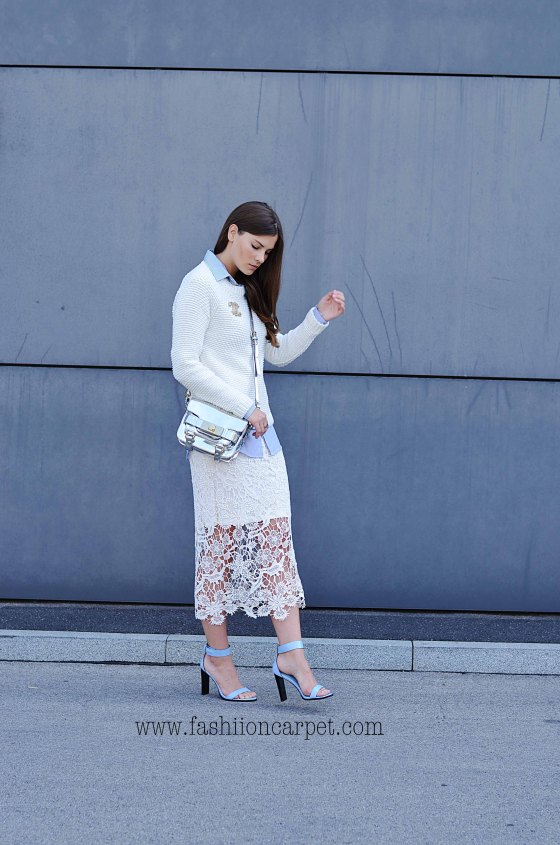 fashiioncarpet-outfit-mode-fashion-modeblogger-fashionblogger-fashionblog-mc3bcnchen-blogger-blog-look-laceskirt-chanelbrooch-chanelbrosche-chanel-brosche-mirrorbag