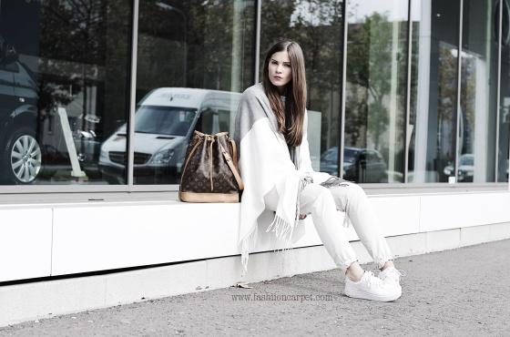 Fashionbloggermünchen-fashionblogger-blogger-fashionblog-münchen-munich-fashion-outfit-mode-style-streetstyle-bloggerstreetstyle-fashiioncarpet-fashiioncarpet-look-ootd-fashionblogdeutschland-deutscherfashionblogger-fashionbloggergermany-germanblogger-shoppingqueen-shoppingqueenblogger-shoppingqueenfashionblogger-shoppingqueenfashionbloggermünchen-escadasport-escada-escada20geburtstag-escadablogger-louisvuitton-louisvuittonsacnoe-louisvuitton-sacnoe
